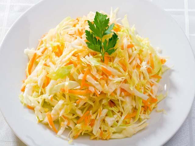 Салат капуста простой