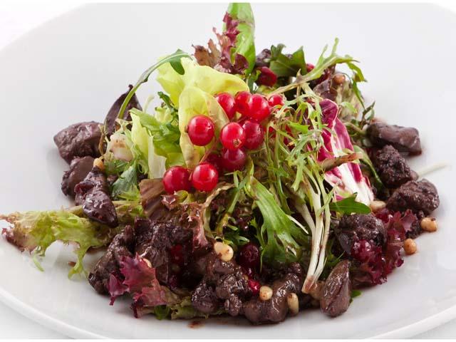 pechen-kurinaya-salat