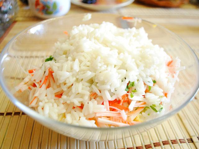 Крабовый салат без риса рецепт с картошкой