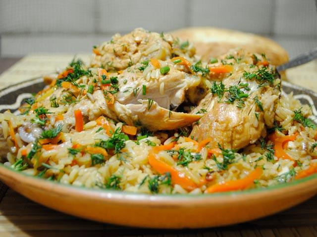 Узбекский плов с говядиной в казане. Видео рецепт (Узбекская кухня)