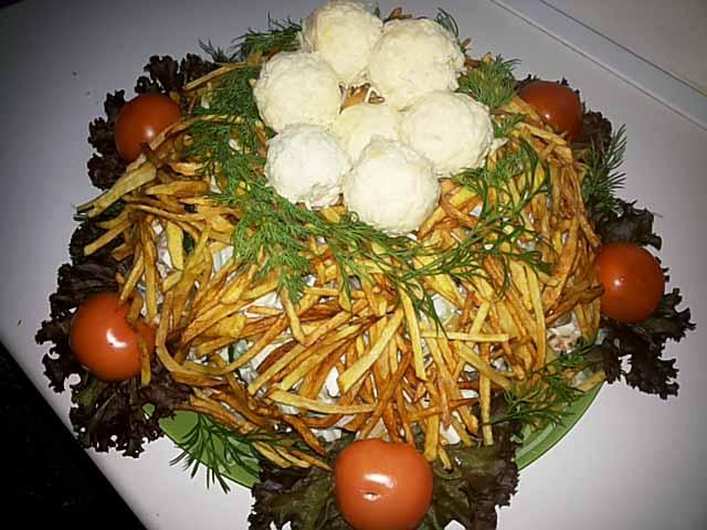 salat-gnezdo-gluxarya2