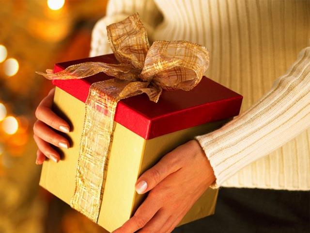 В какие дни дарят подарки маме