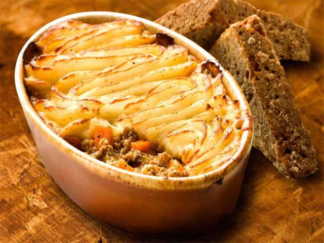 Картофельная запеканка с фаршем в духовке пюре