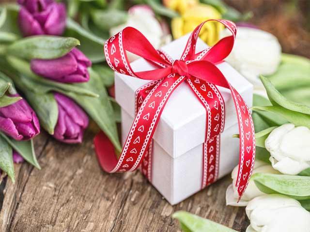 podarok-cvety