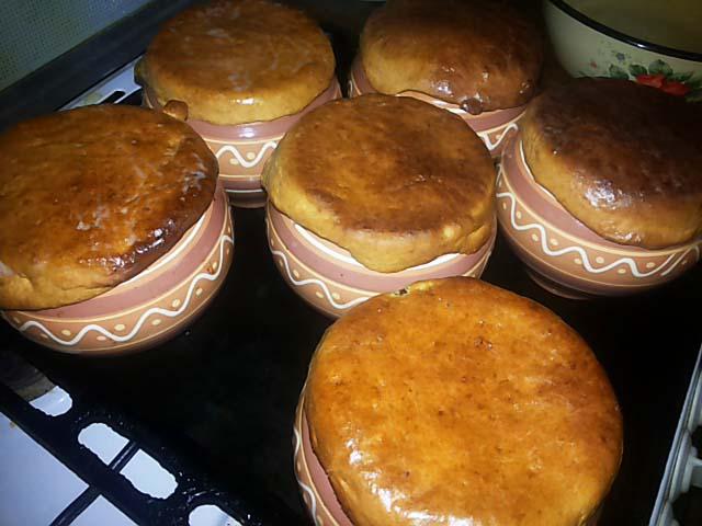 Свинина запеченная в духовке с картофелем — 5 вкусных рецептов