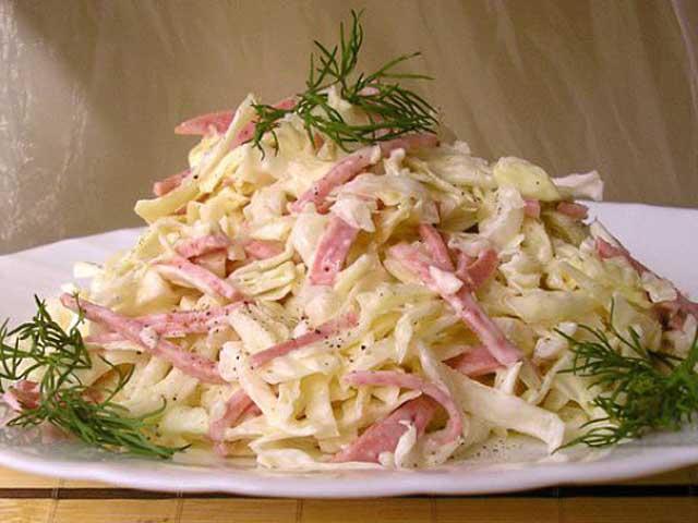 Салат из свежей капусты - 20 вкусных рецептов на каждый день