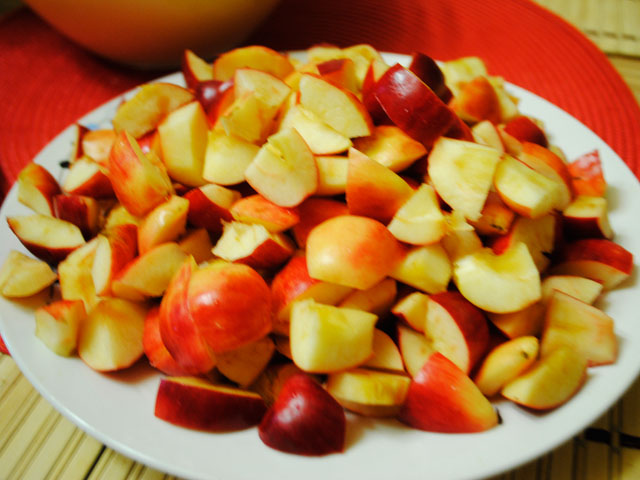 Яблочный пирог на сметане вкуснее шарлотки, и легкий в приготовлении