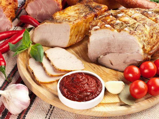 Замариновать кусок свинины для запекания в духовке