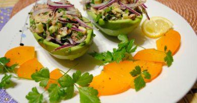 Вкусные салаты с авокадо — 11 простых пошаговых рецептов в домашних условиях