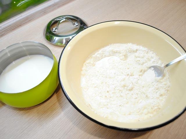 Блины на молоке с кипятком — тонкие с дырочками