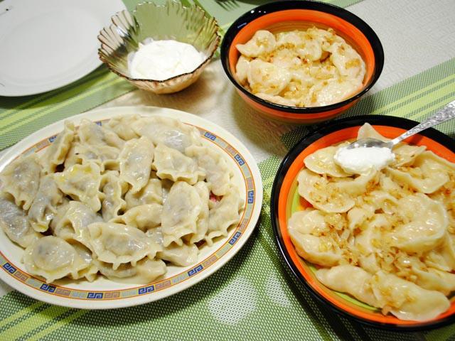 Вареники с капустой свежей, фаршем, салом, грибами, картошкой. Рецепт с фото пошагово