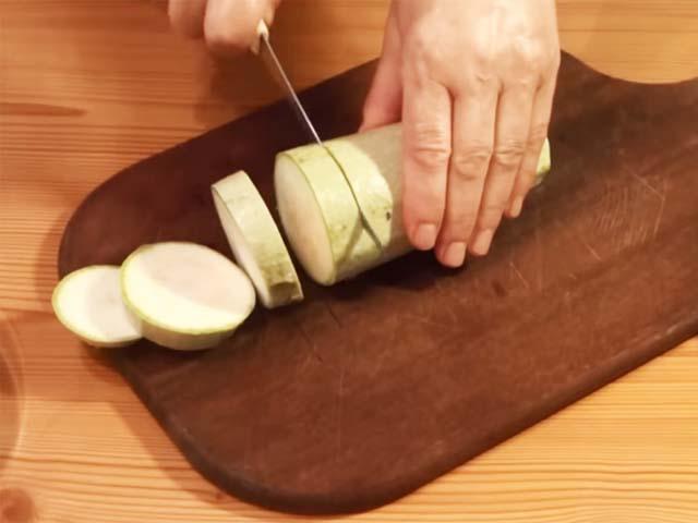 Кабачок кружочками в духовке