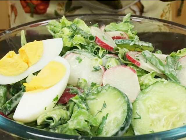 salaty-s-redisom-ogurcom-i-yaicom