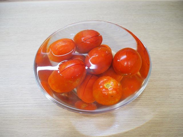 pomidory-v-vode