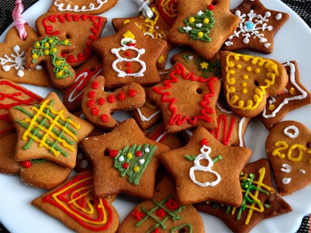 Что подарить подруге на Новый год: идеи недорогих и оригинальных подарков