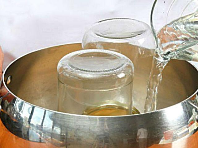 sterilizuem-varenie-iz-sisek-recept.jpg