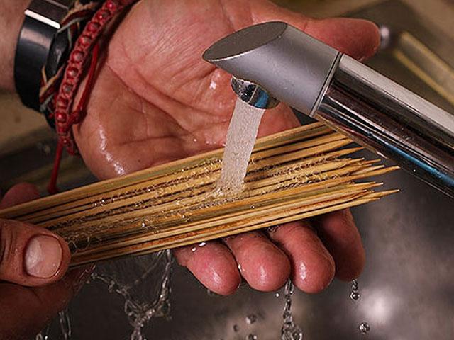 Шашлык из рыбы: как замариновать и приготовить, какую рыбу выбрать