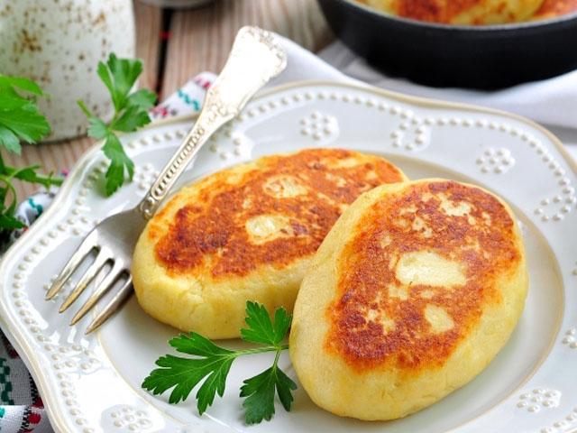 Картофельные зразы — 8 вкуснейших рецептов с разными начинками