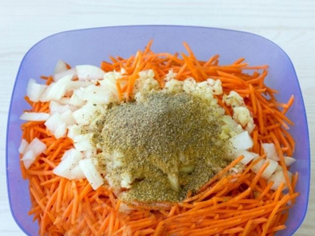 Морковь по-корейски на зиму в банках