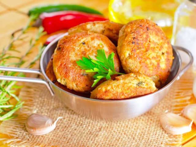 Как правильно приготовить картофельные котлеты