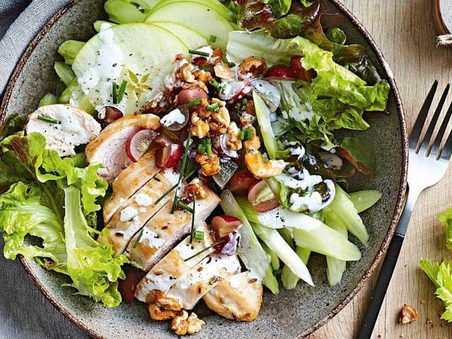 Корневой сельдерей - рецепты приготовления супов, рагу и закусок