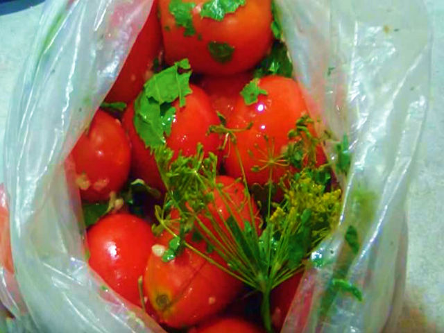 itogi-malosol-pomidor-paket.jpg