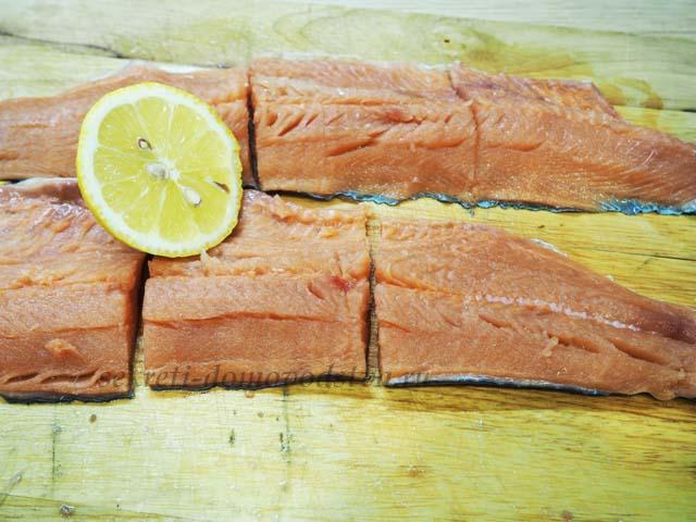 Сочная горбуша в духовке - 10 простых и вкусных рецептов запеченной горбуши