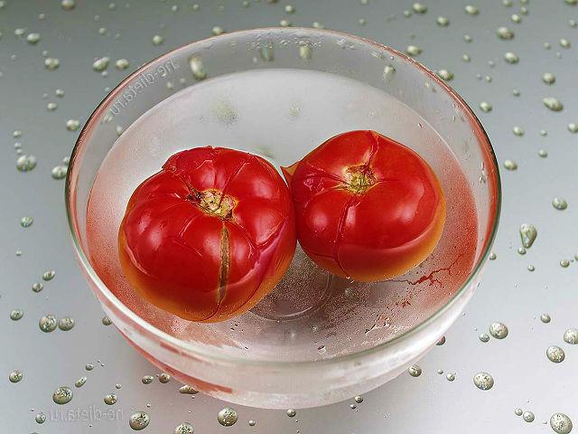 tomati-smuzi-blender-selderei.jpg