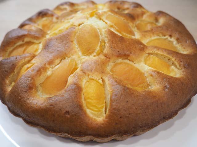 Пирог с абрикосами: простой рецепт очень вкусного пирога со свежими абрикосами