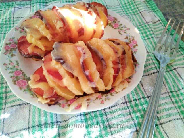 Картошка-гармошка с беконом и сыром  рецепт с фото запекания в духовке