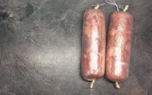 салоне производитель как приготовить колбасу без кишок с фото насладиться вкусным фирменным