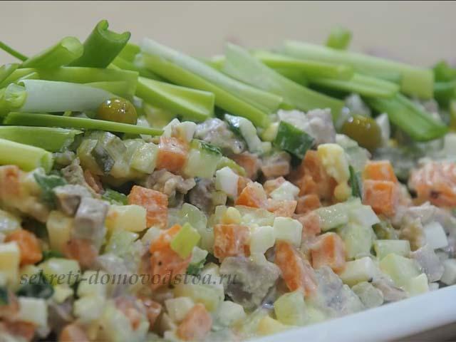 Салат Оливье с мясом — очень вкусный классический рецепт