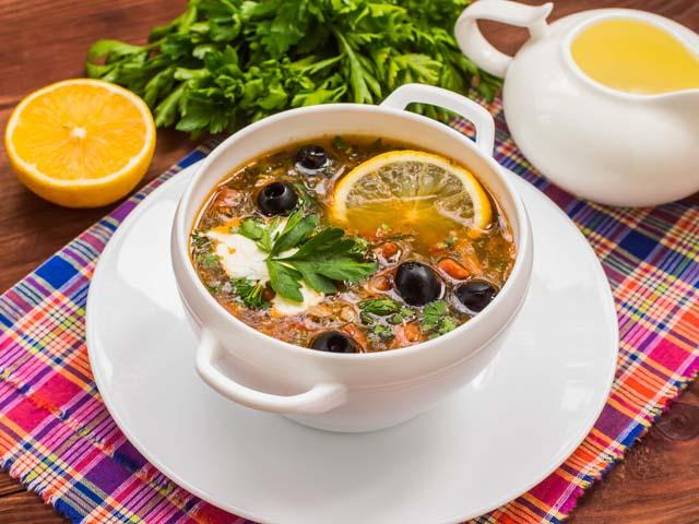 Сборная мясная солянка — 7 классических рецептов приготовления