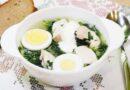 Суп из крапивы с курицей и яйцом