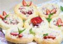 Ватрушки с клубникой — пошаговый рецепт