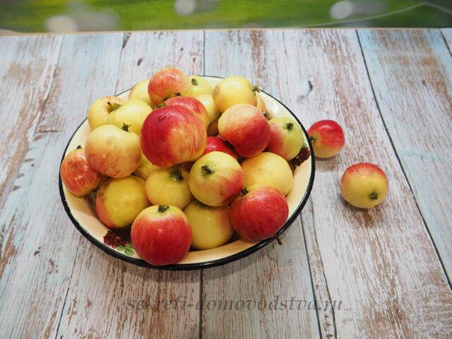 Янтарное яблочное варенье дольками — лучший рецепт
