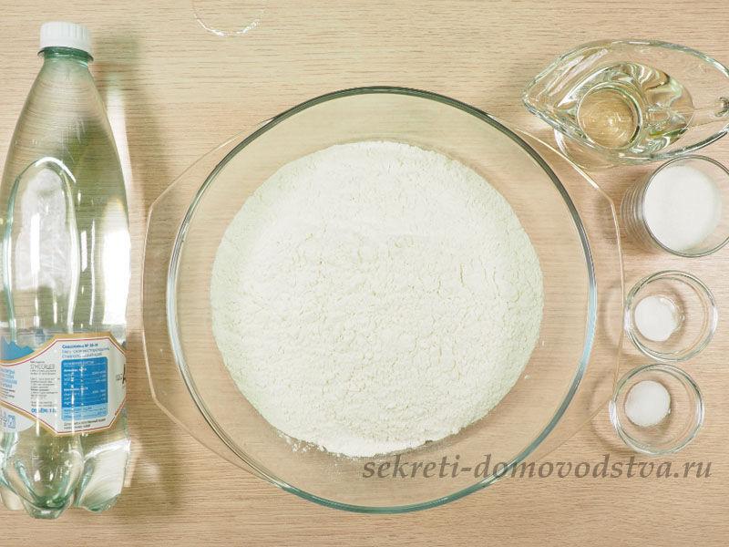 Постные блины на минералке — рецепт тонких блинов с дырочками