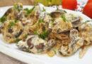 Куриная печень в сметане с луком — пошаговый рецепт на сковороде